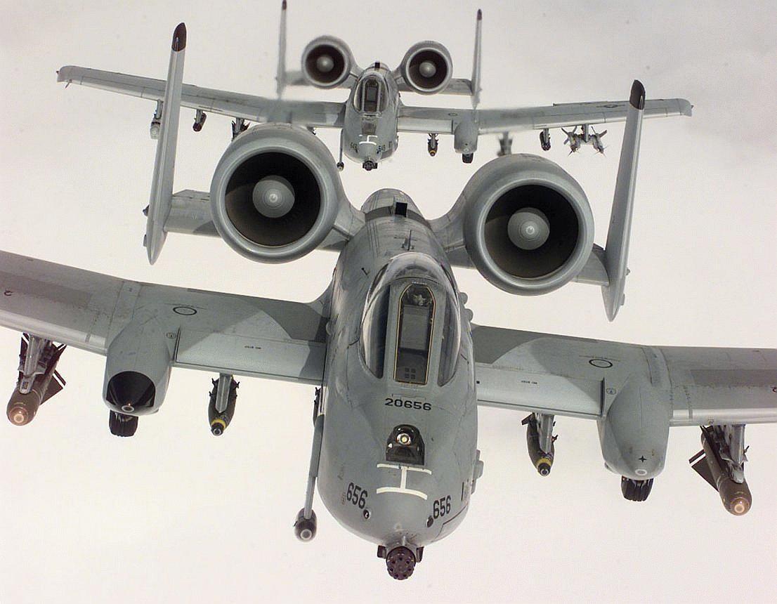 A 10 Warthog A-10/OA-10 Thun...