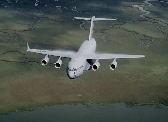 نقل دبابة ابرامز في طائرة C-17A C17_2