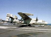 طائرات الاستطلاع و الانذار المبكر Hawkeye 2000 E-2c-0927-s