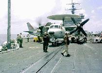 طائرات الاستطلاع و الانذار المبكر Hawkeye 2000 E-2c-ent-s
