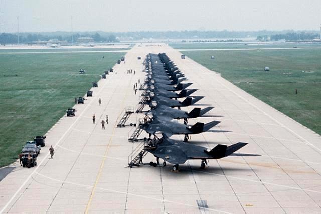 Federation of American Scientists :: F-117A Nighthawk