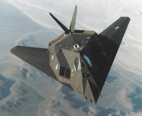 Et après le Blackbird ? F-117_02-front