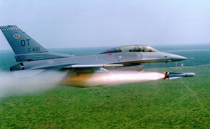 أحسن 10 طائرات بالعالم  F-16-eglin1