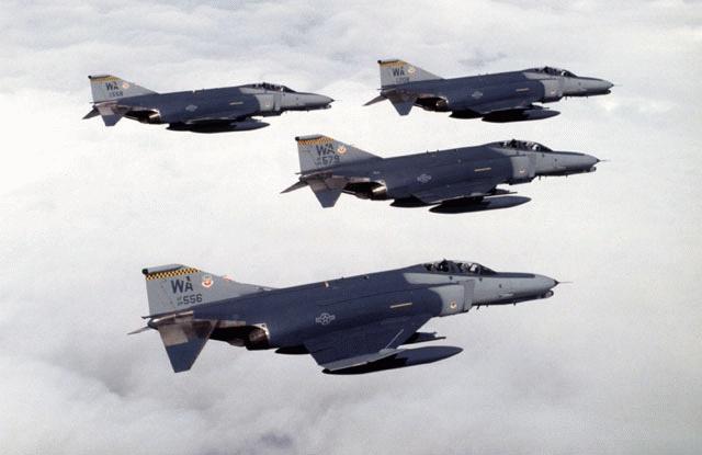 F4G Advanced Wild Weasel F4 Phantom II Military Aircraft 640 x 415 jpeg f-4-00000000.jpg