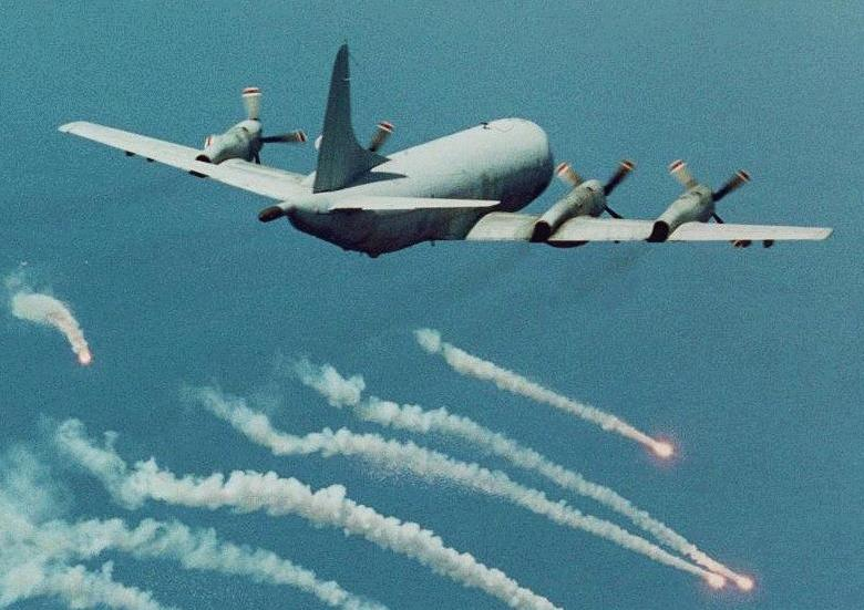 الـ P3 Orion >>> الأوريون الطائرة البحريّة المضادة للغواصات  P-3-eaglep31