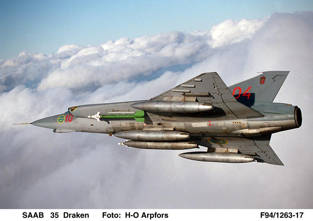 اسرع 50 طائرة في العالم Draken-saab_35_2