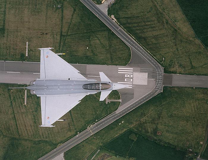 مقاتلة التايفون Typhoon EF-2000 : Eurofighter-da2_1