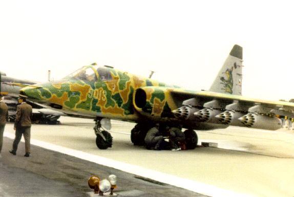 موسوعة الطائرات الروسية Su-25-08p02