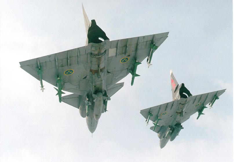 متعددة المهام الجبارة Saab 37 Viggen Viggen-pict3