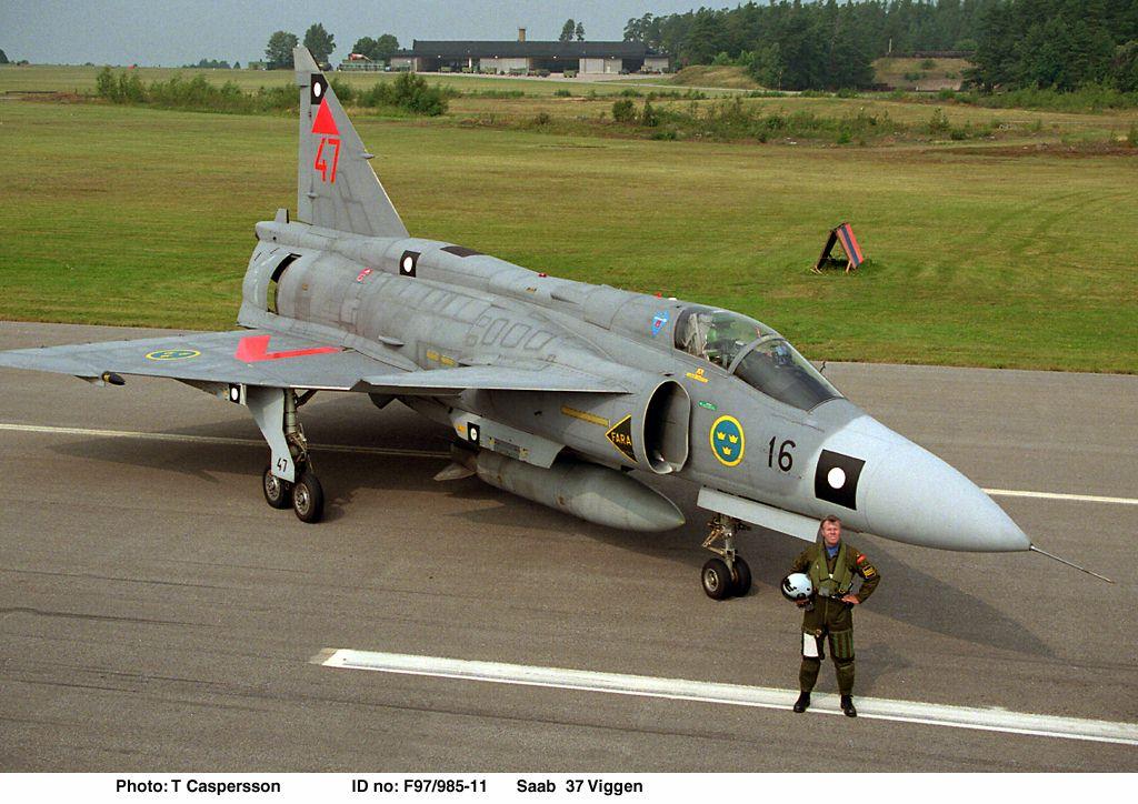 متعددة المهام الجبارة Saab 37 Viggen Viggen-saab_37