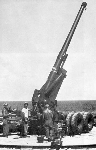 155mm '' long tom '' ( US ) 155mm-long-tom