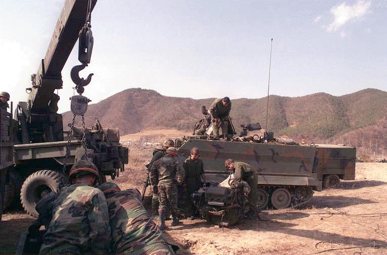 M113a1 Armored Personnel Carrier