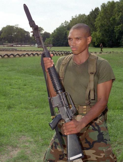 M16A2 5.56mm Semiautom...