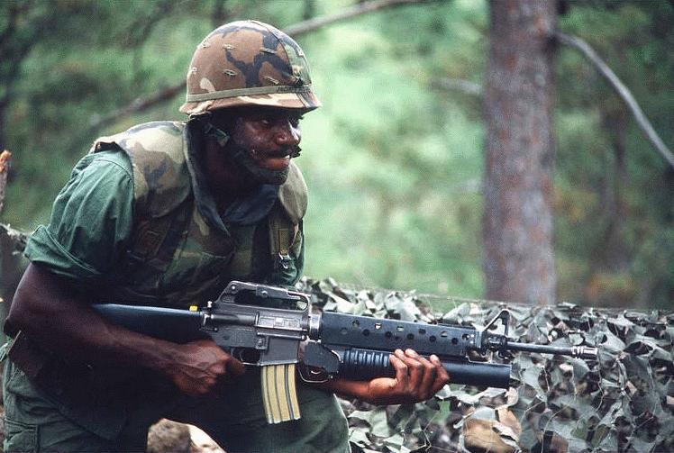 M203 40mm Grenade Launcher