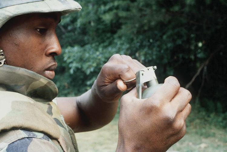M67 FRAGMENTATION HAND GRENADE