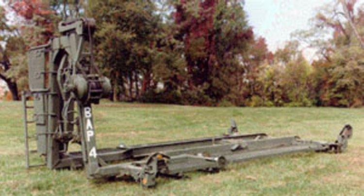 Boat Trailer Guides >> M1977 Common Bridge Transporter (CBT)