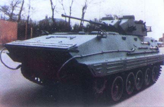 中―英NVH1履带式步兵战车