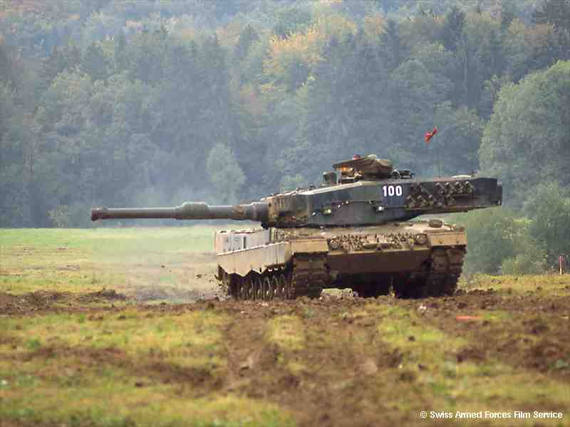 OPLOT-M الدبابة الاوكرانية الاولي Leopard-2-pz87-094