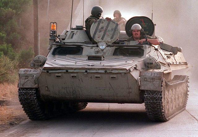 العراق يشتري 500 مدرعة بلغارية بمبلغ 150 مليون يورو Mt-lb_DMSD9802445_JPG