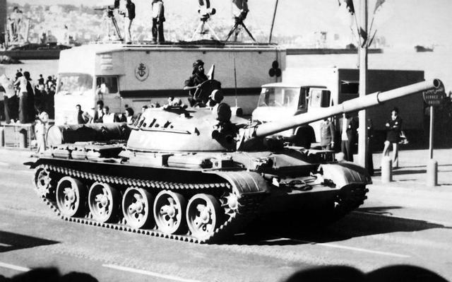 苏联T-62主战坦克
