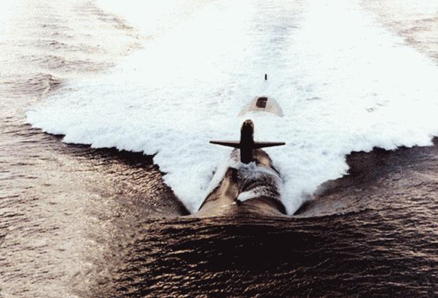 هذة هى اخطر غواصة فى سلاح البحرية الامريكى Ssn-709-p02