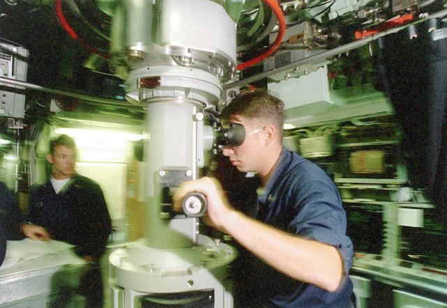هذة هى اخطر غواصة فى سلاح البحرية الامريكى Ssn-752-periscop