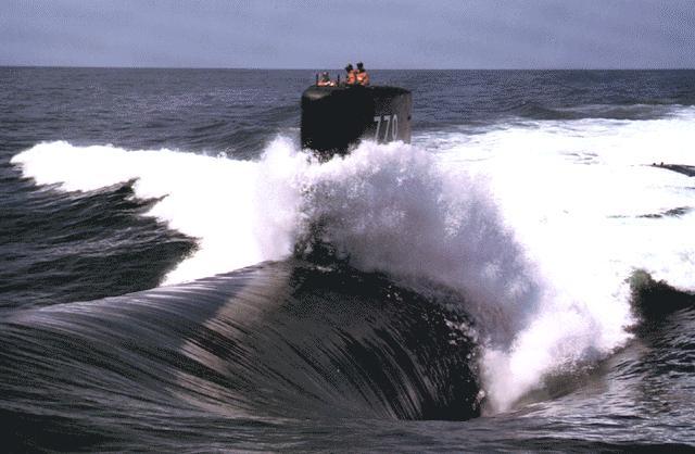هذة هى اخطر غواصة فى سلاح البحرية الامريكى Ssn-770-p01